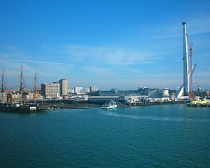 Taxi Transfer from Heathrow Airport to Portsmouth Harbour