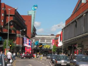 Taxi Transfer from Wood Green to Luton Airport